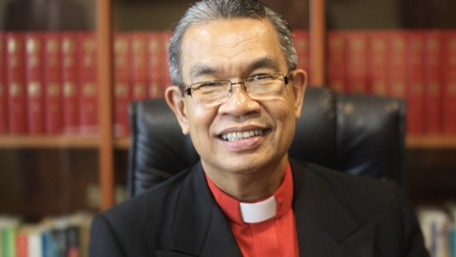 Bishop Efraim Tendero image